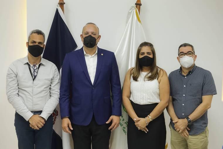 Autoridades promueven acciones a favor del desarrollo industrial de La Vega